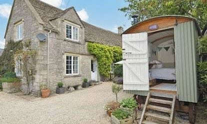 99 Credit Towards Cottage Escapes to the Cotswolds 1