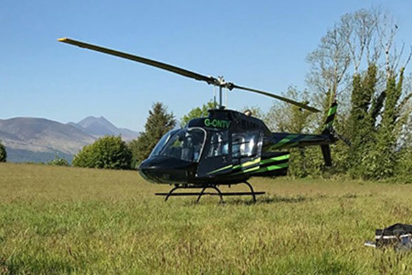 6 Mile Blue Skies Helicopter Flight with FREE Bubbly For TWO 1