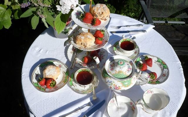 Afternoon Tea and Tastings of Sedlescombe Vineyard for Two 1