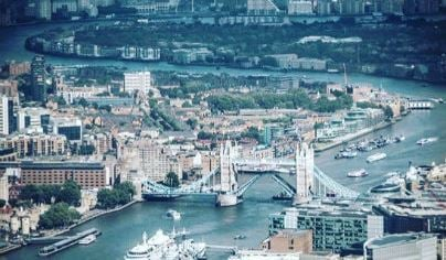 City of London Helicopter Tour For ONE Essex 1