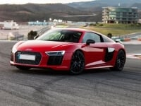 R8 V10 Plus Driving Experiences