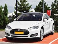 Model S Driving Experiences