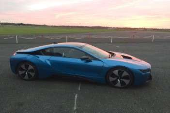 BMW i8 surges ahead of Tesla P90 in EV popularity stakes