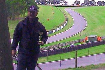 Cadwell Park BMCRC third place for Mark Rusted