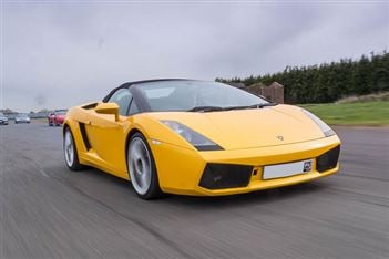 Discounts on supercar experiences in Oxford