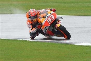 Marc Marquez stretches MotoGP lead with victory in Brno