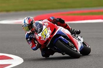 Victories for James Ellison and Leon Haslam at Cadwell Park