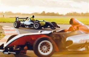 Formula F1000 Driving Experience Experience from Trackdays.co.uk