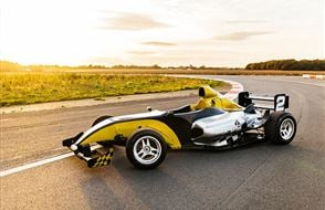 Formula F1000 Gold Driving Experience Experience from Trackdays.co.uk