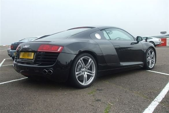 Audi R8 Driving Experience 1