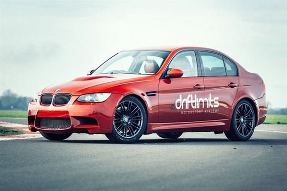 BMW E90 M3 Blast Driving Experience 1