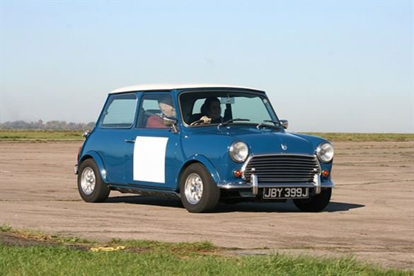 Classic Mini Thrill - Special Offer Driving Experience 1