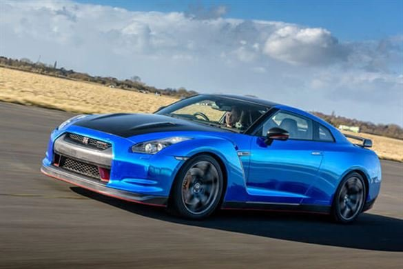 Nissan GT-R R35 Blast Driving Experience 1