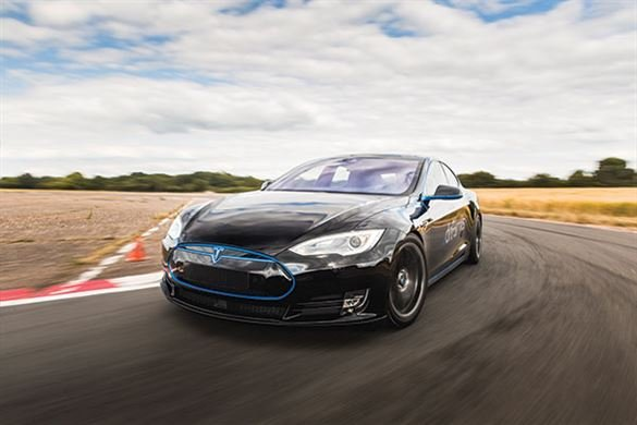 Tesla Model S 'Ludicrous' P90D Thrill Driving Experience 1