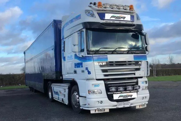 Articulated Lorry Driving Thrill Driving Experience 1