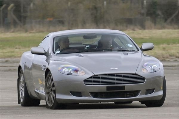 Aston Martin Thrill Driving Experience 1