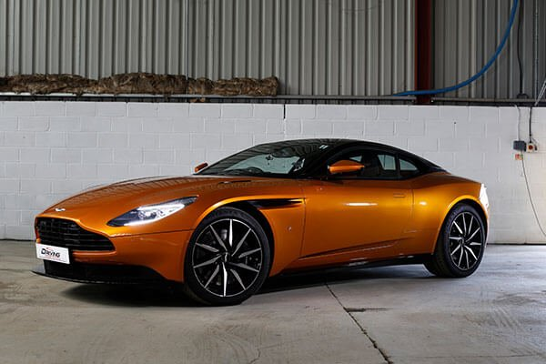 Aston Martin DB11 Thrill Driving Experience 1