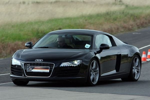 Audi R8 V10 Plus Thrill Driving Experience 2