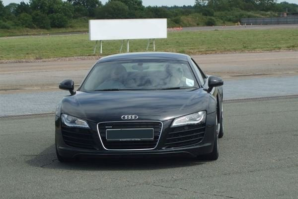 Audi R8 Thrill Driving Experience 2
