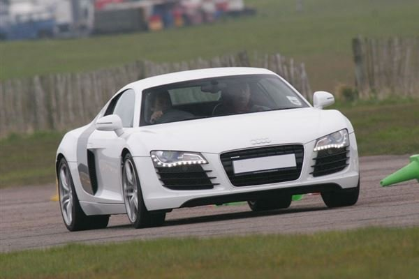 Audi R8 V10 Plus Thrill Driving Experience 3