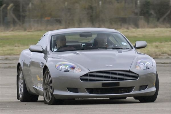 Best of British Classic Car Thrill Driving Experience 3