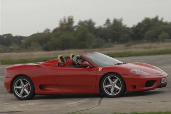 Ferrari v Lamborghini and Hot Laps Driving Experience 4