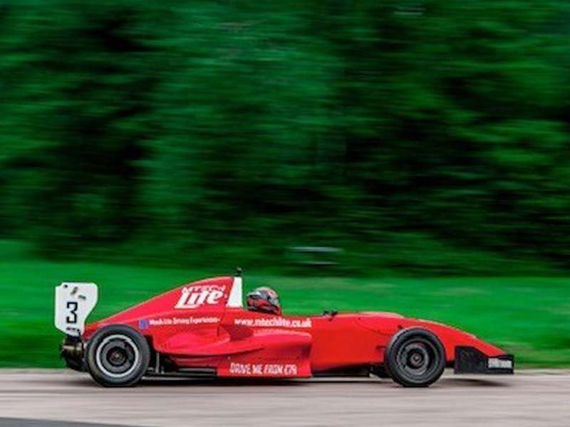 Formula Renault Thrill Driving Experience 1