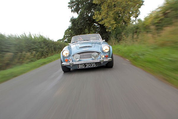 Full Day Classic Car Cotswolds Road Trip with Lunch Driving Experience 1