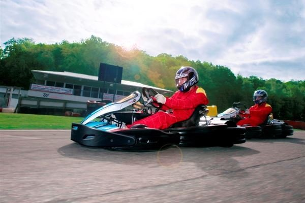Group Kart Grand Prix Driving Experience 3