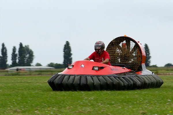 Hovercraft Flying Experience Blast Driving Experience 1