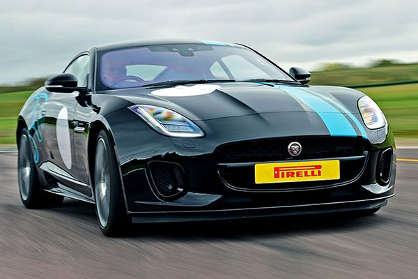 Jaguar F-TYPE P300 One to One Driving Experience Driving Experience 2