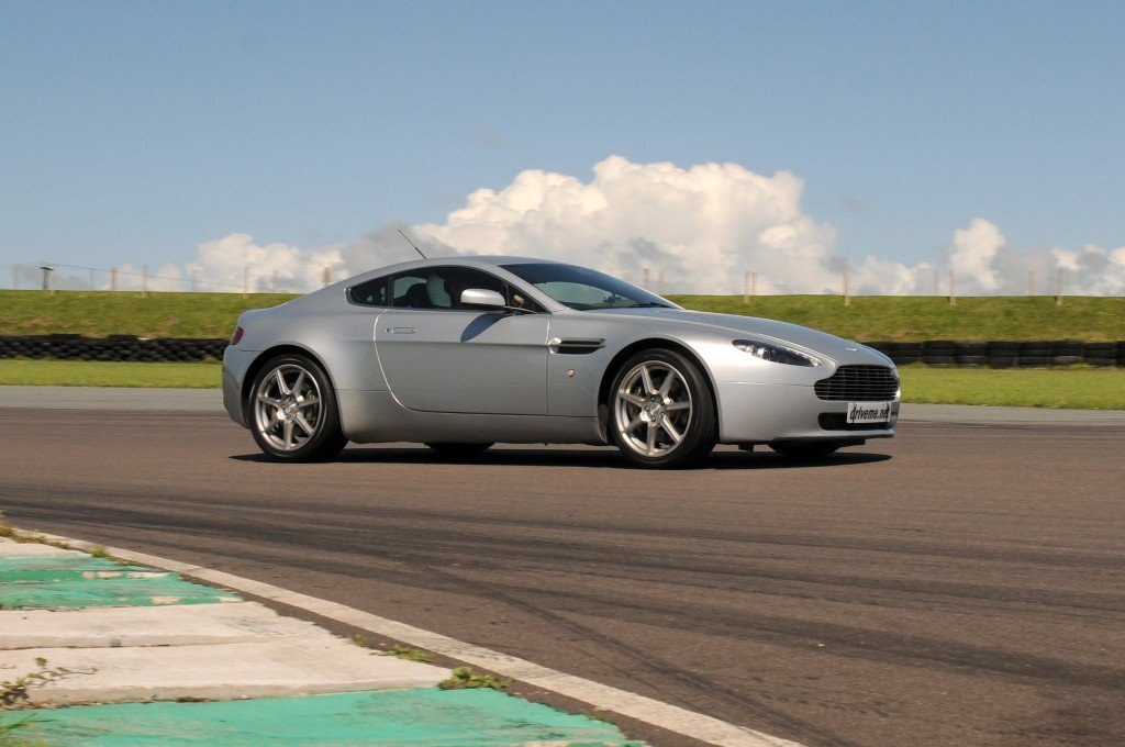Junior Aston Martin V8 Vantage Thrill Driving Experience 3