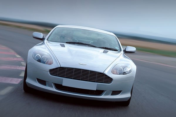 Junior Aston Martin Thrill Driving Experience 1