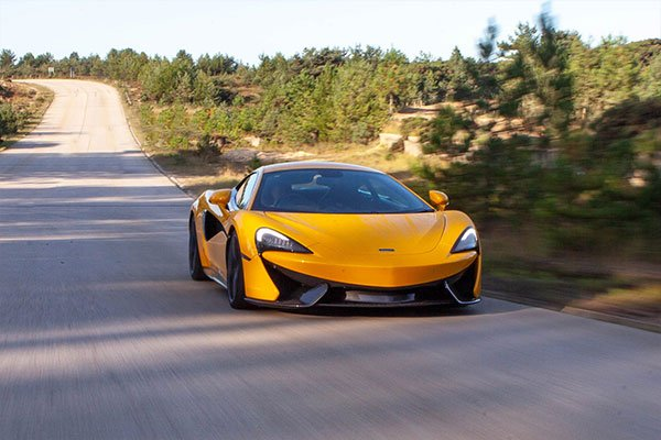 McLaren 570S Blast with High Speed Passenger Ride Driving Experience 2