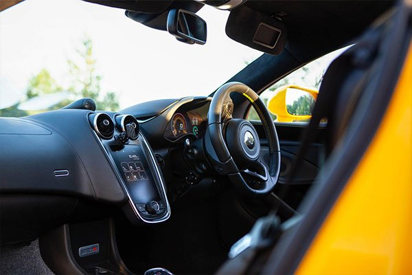 McLaren 570S Thrill with High Speed Passenger Ride Driving Experience 3