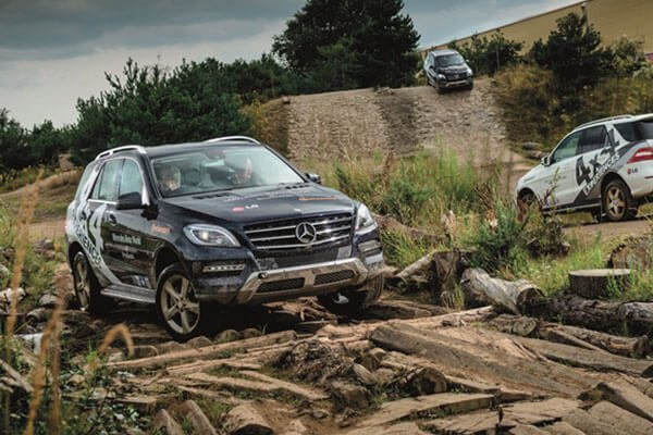 Mercedes-Benz 1 Hour 4x4 Driving Experience for Six Driving Experience 2