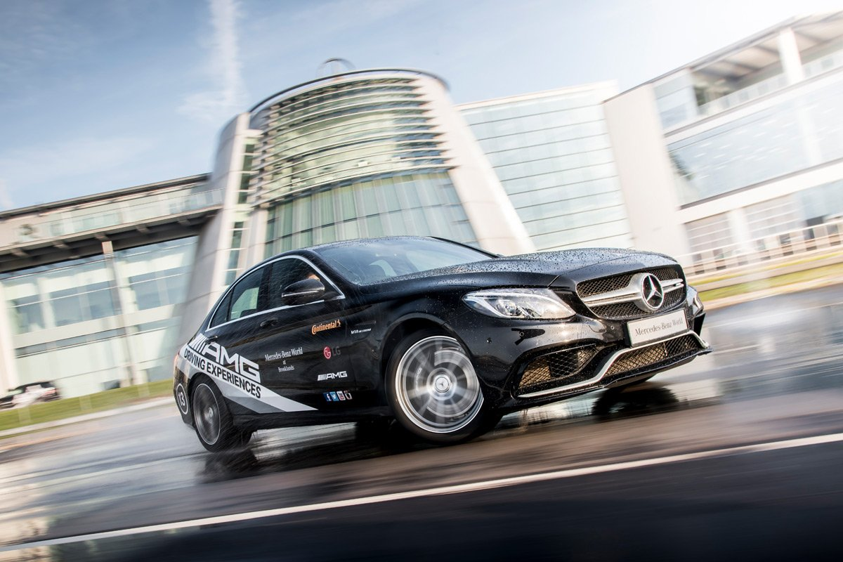 Mercedes-Benz 1 Hour Driving Experience for Six Driving Experience 2