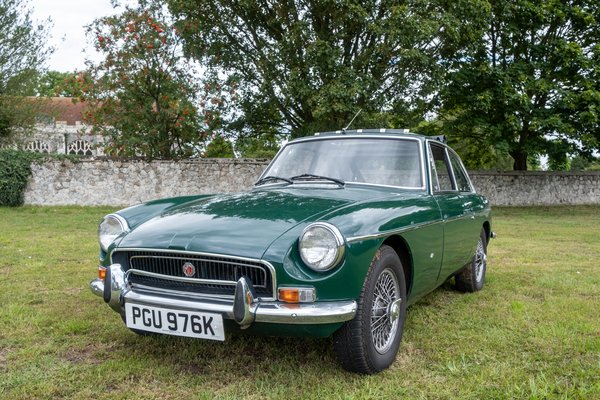 MGB GT/Roadster Classic Car Hire - Weekday Driving Experience 1