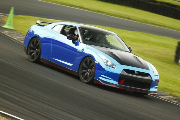 Nissan GT-R R35 Blast Driving Experience 2