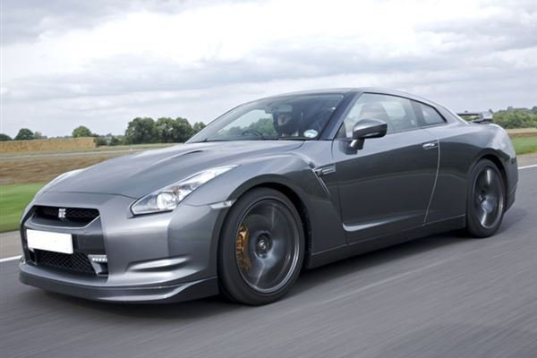 Nissan GTR Driving Experience 1