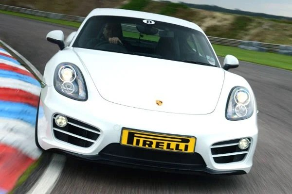 Porsche Cayman Thrill Driving Experience 1