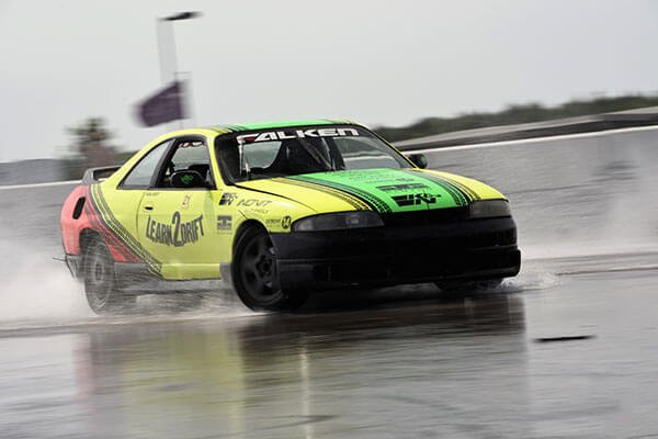 Learn to Drift Half Day Drifting Experience at Rockingham Driving Experience 1