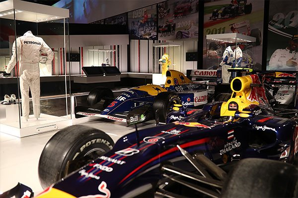 The Silverstone Experience - History of British Motor Racing for Two Driving Experience 2
