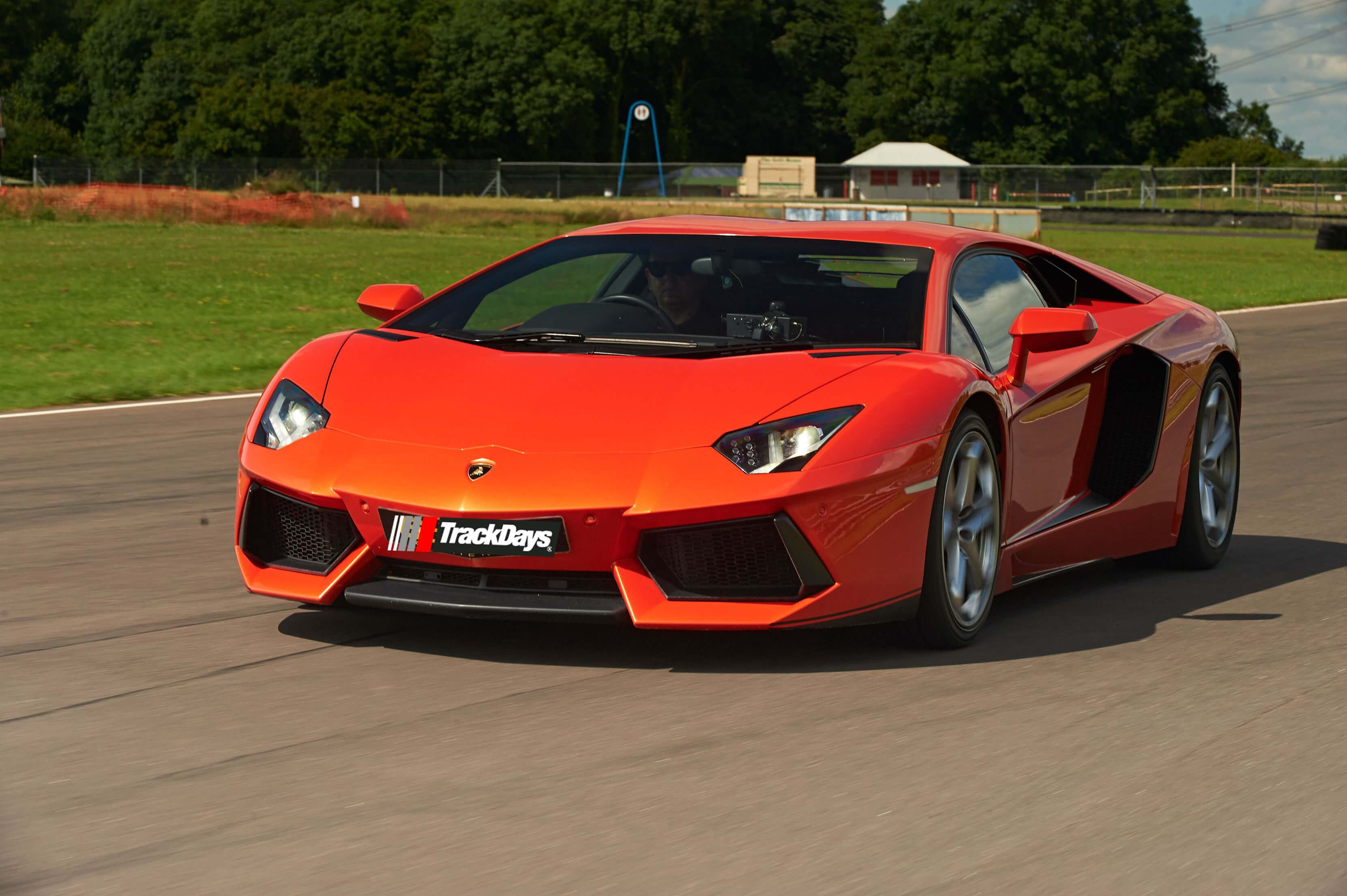 Ultimate Hypercar Choice Driving Experience 2