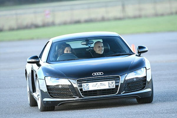Supercar Blast for Two Driving Experience 1