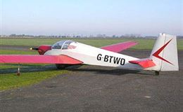 40 Minute Motor Gliding Flight Experience from Trackdays.co.uk