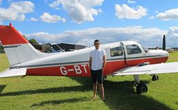 Insight to Becoming an Aeroplane Pilot For TWO Experience from Trackdays.co.uk