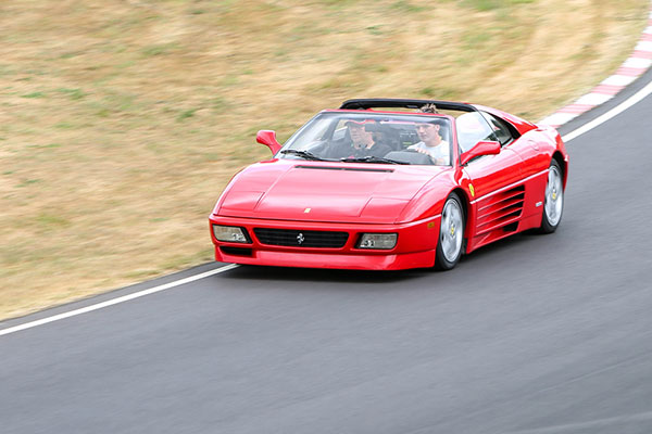 Give dad keys to a Ferrari for under £50 this Fathers Day | Track Days