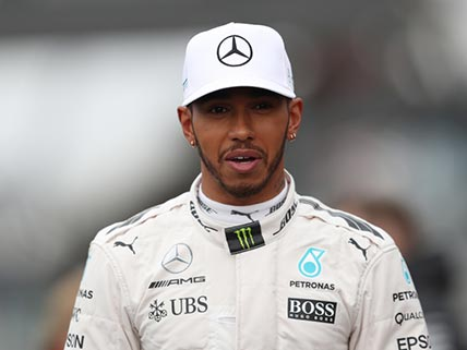Hamilton wins in Singapore after Ferrari crash