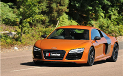 Audi R8 V10 Plus Experience from Trackdays.co.uk